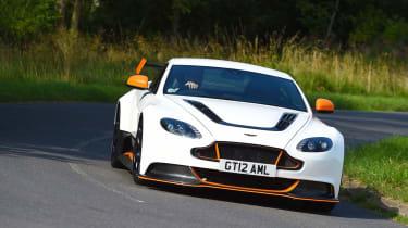 Aston Martin Vantage GT12 - front