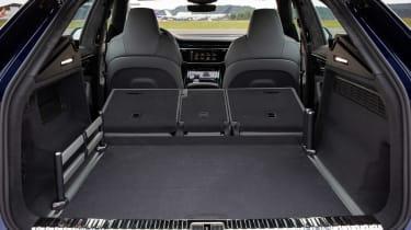 Audi SQ8 - boot seats down
