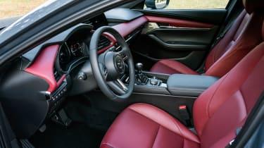 Mazda 3 SkyActiv-X - front seats