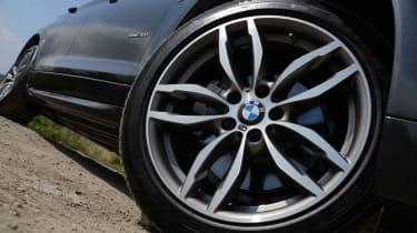 New BMW X4 2014 UK wheel