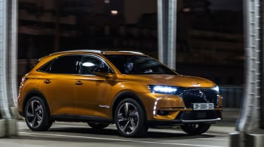 DS 7 Crossback - front quarter 3