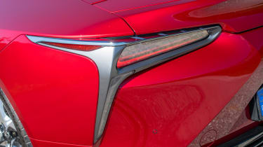 Lexus LC 500 - rear light