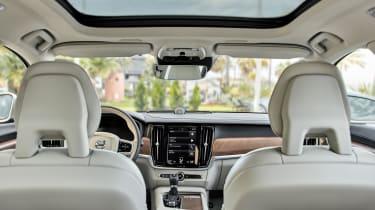 Volvo V90 estate 2016 - interior