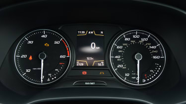 SEAT Leon X-Perience - dials