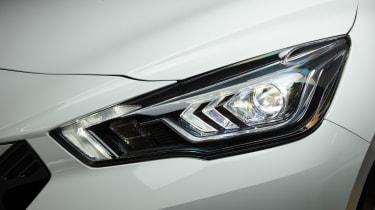 Nissan Micra N-Sport - front light