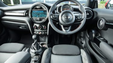 MINI Cooper S Works 210 - dash