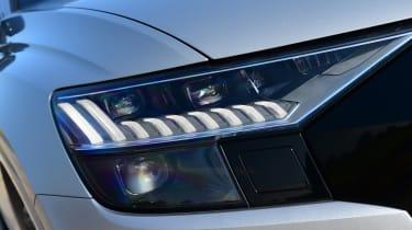 Audi SQ8 - headlight