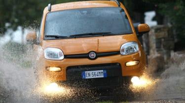 Fiat Panda Trekking front water splash