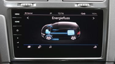 Volkswagen e-Golf - infotainment screen