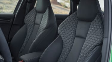 Audi RS3 Saloon 2017 - front seats