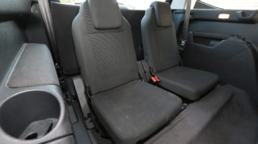 Used Peugeot 5008 - back seats