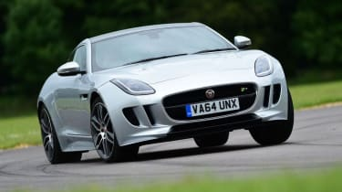Used Jaguar F-Type - front cornering
