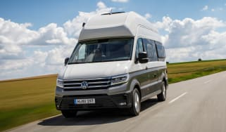 Volkswagen Grand California - front