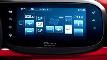 Fiat 500 2016 screen