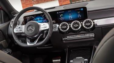 Mercedes GLB - cabin