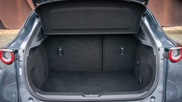 Mazda CX-30 - boot