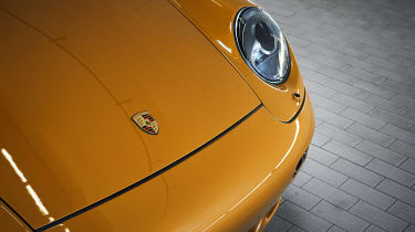 Porsche 993 911 Turbo - headlight