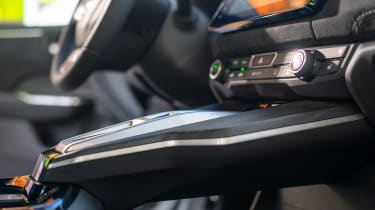 Honda Clarity - centre console