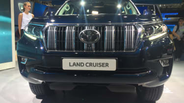 Toyota Land Cruiser - Frankfurt full front