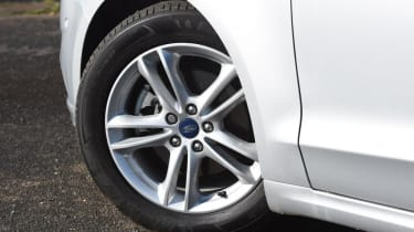 Ford Mondeo - wheel detail