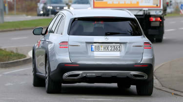 Mercedes E-Class All-Terrain facelift - spyshot 10