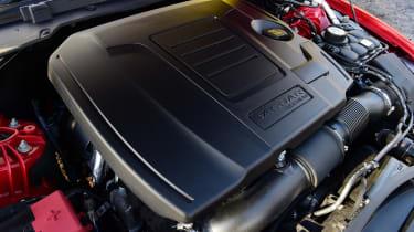 Jaguar XE P300 Long termer - engine