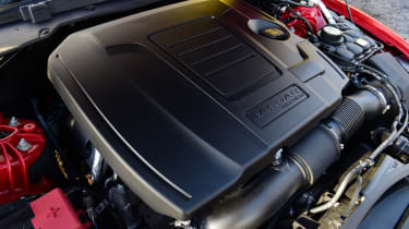 Jaguar XE P300 Long termer - engine