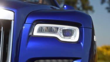Convertible megatest - Rolls-Royce Dawn - headlight