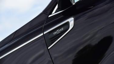Renault Koleos Initiale Paris badge