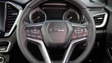 Isuzu D-Max - steering wheel