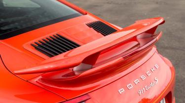 Porsche 911 Turbo S 2016 - spoiler