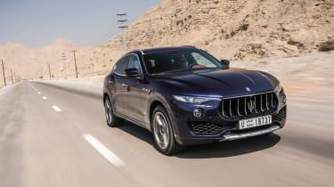 Maserati Levante - front panning