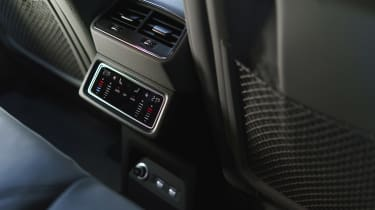Audi e-tron - rear climate control