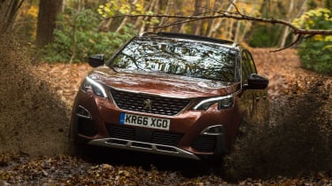 3008 minutes in a Peugeot 3008 - off road