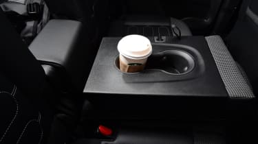 Citroen C3 Aircross - cup holder