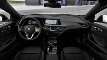 New BMW 1 Series 2019 dash