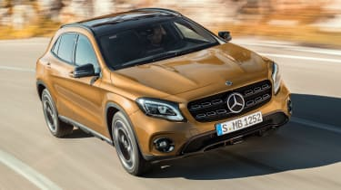 Mercedes GLA 2017 - front tracking
