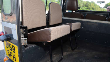 Land Rover Defender - modern classics seats