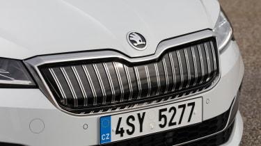 Skoda Superb iV - front grille