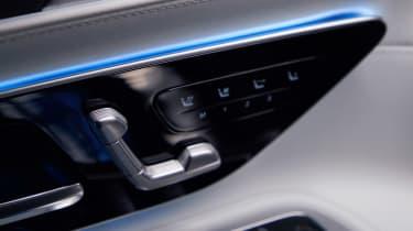 Mercedes SL interior - seat controls