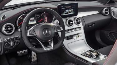 Mercedes C 43 AMG Coupe - dash