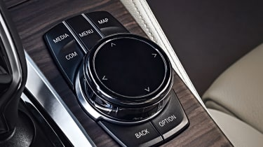New BMW 5 Series Touring - infotainment controls
