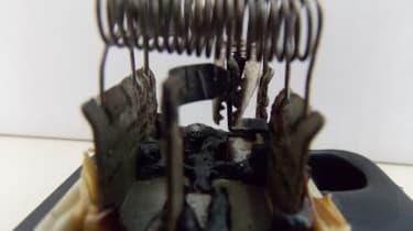 Vauxhall Zafira bulldog clip