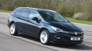 Vauxhall Astra ST - front