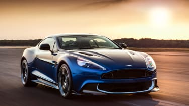 Aston Martin Vanquish S 2016 - front tracking 3