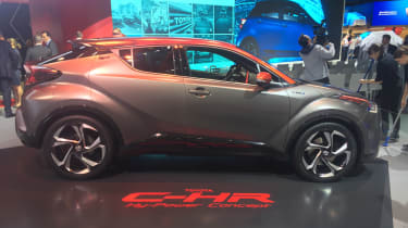 Toyota C-HR Hy-Power - Frankfurt side