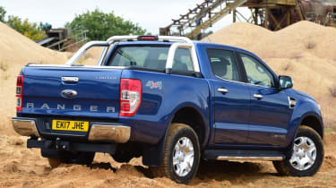 Ford Ranger - off road rear static