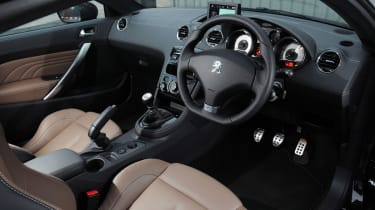 Peugeot RCZ interior