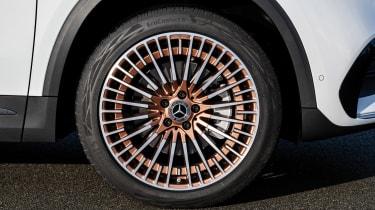 Mercedes EQA - wheel