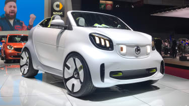 Smart ForEase concept front quarter